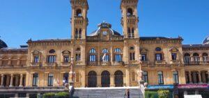 fachada-ayuntamiento-de-san-sebastián